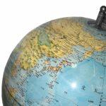 世界史は地球史。中央との地方に分けて流れを押さえる勉強法